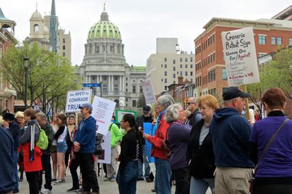 Photos | Harrisburg Trump Tax Day Rally