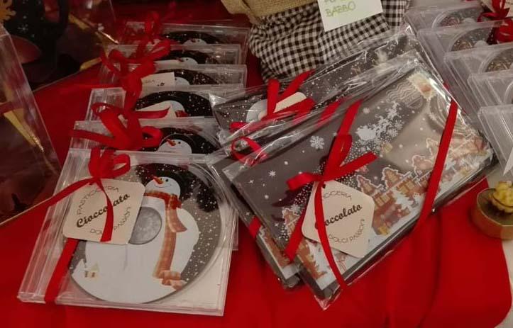 Cartoline e cd di cioccolato