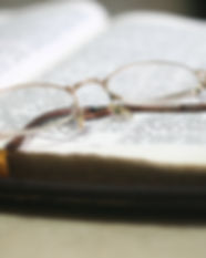 bible-blur-book-273936.jpg