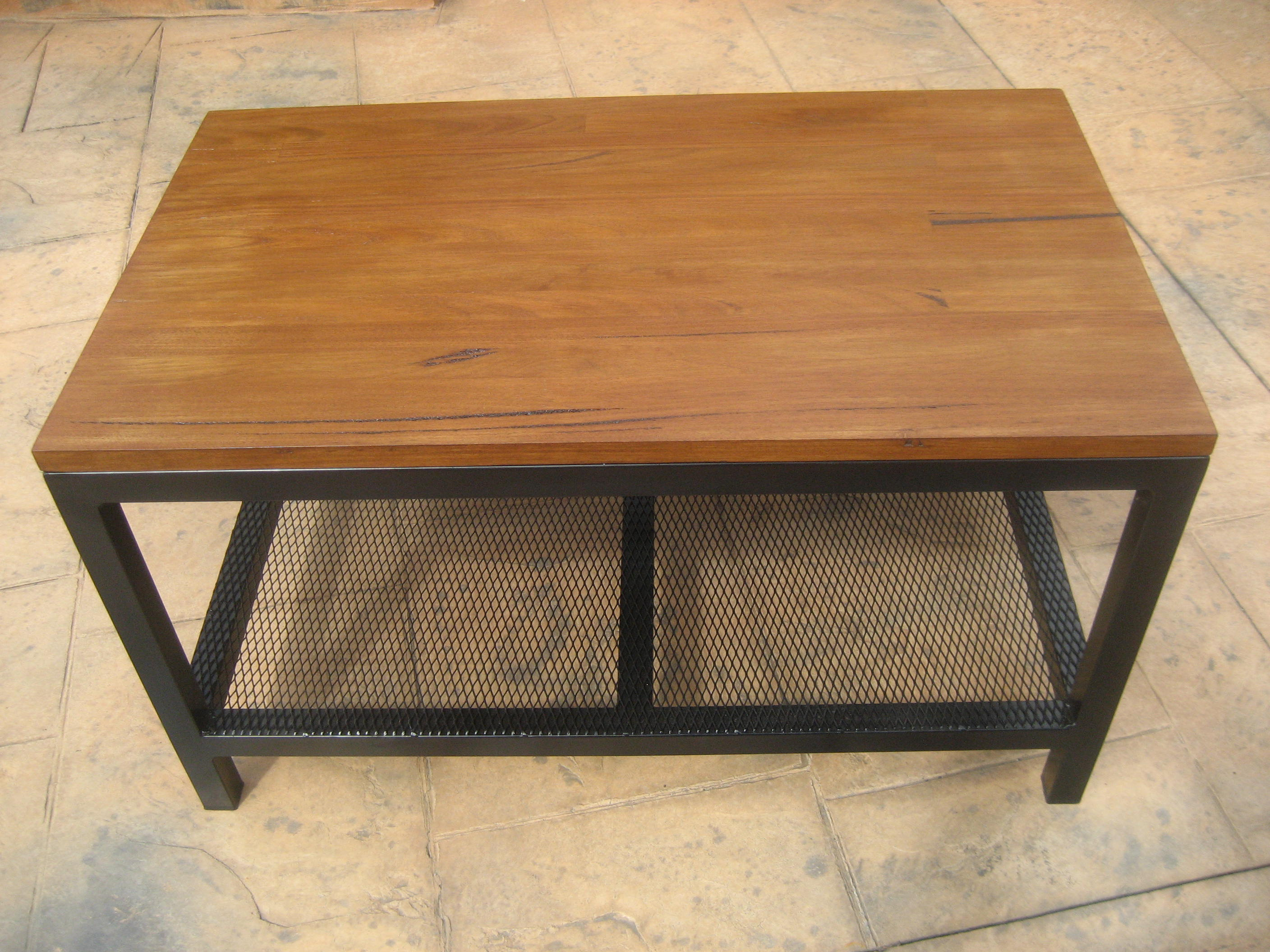 Coffee Table with Mesh Base