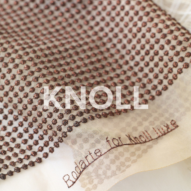 KNOLL LUXE