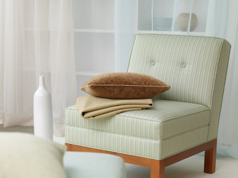 slipper_chair_147.jpg