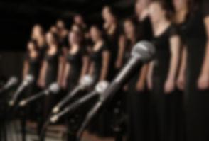 Chor Performing