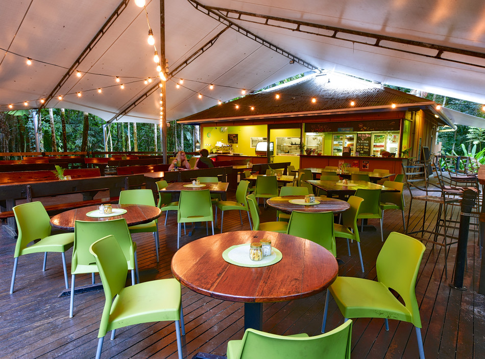 Tides Bar & Restaurant