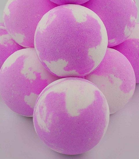 Daisy Rainbow Candy Cloud Bath Bomb