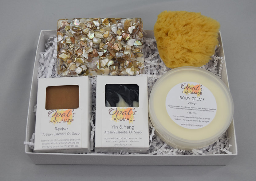 """Almost Paradise"" Woman's Gift Set"