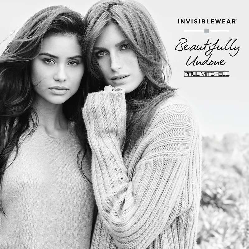 invisiblewear-model-andrea-izzy-social-m
