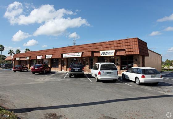 NAI Realvest Negotiates $600,000 Sale Price for Fern Park Office / Retail Plaza