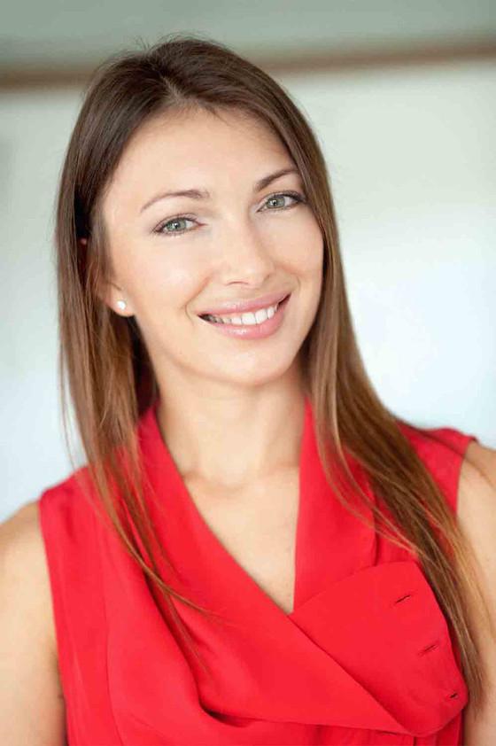 Stirling International Real Estate Names New Sales Associate