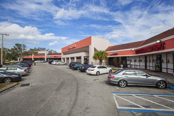Hold Thyssen Closes on 5-Year Lease at Rosemont Village Shoppes - New Restaurant Owners Opening Soon
