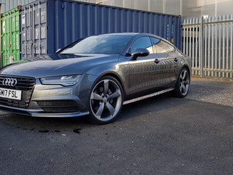 Audi A7 black edition