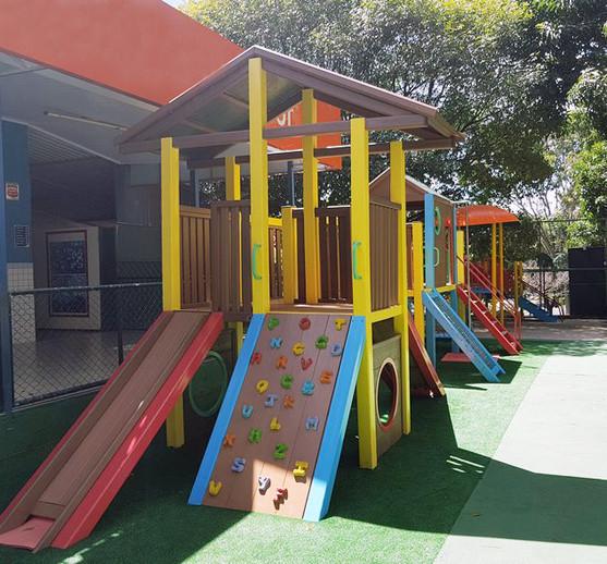 playground_madeira_plastica2.jpg