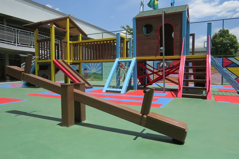 _playground_madeira_plastica_safa (11).J
