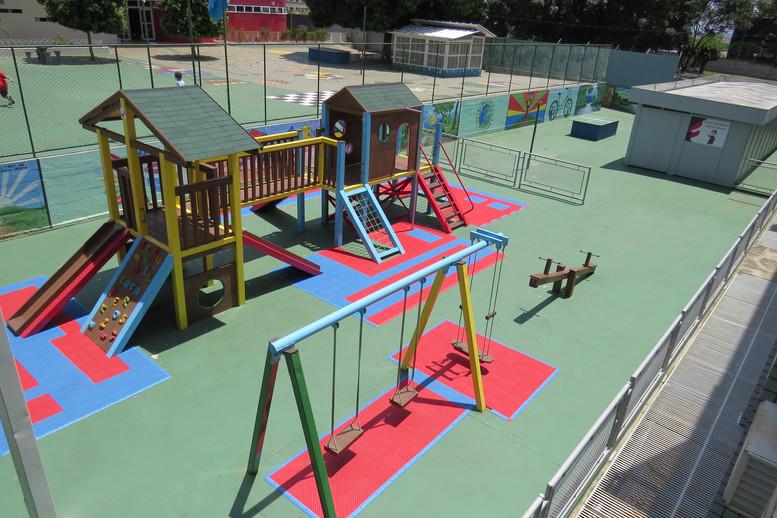 _playground_madeira_plastica_safa (2).JP