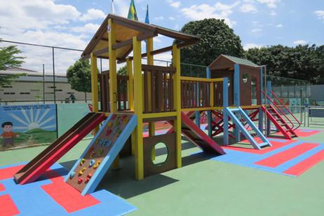 _playground_madeira_plastica_safa (22).J