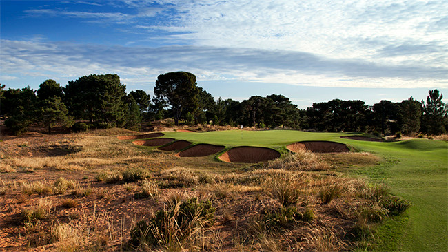 The heavily bunkered Par 3 7th hole at Royal Adelaide. Picture: David Scaletti Golf Photography.