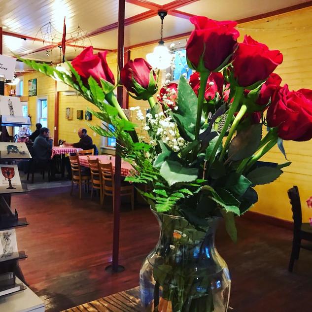 Elmer's Inside with Roses.JPG
