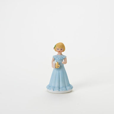 Blonde Age 6 ..... Grow Up Girls by Enesco