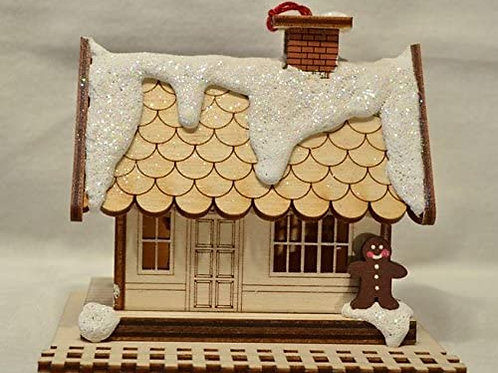All Aboard Train Depot ..... Ginger Cottages Figurine / Ornament