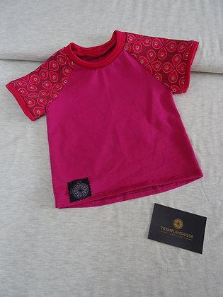 T-shirt bébé pétales roses