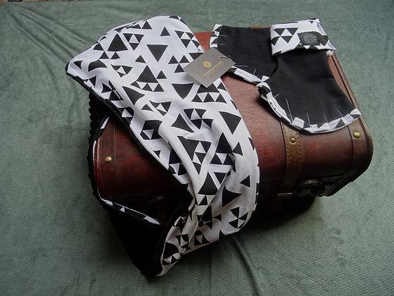 ensemble mitaines et snood triangles noirs