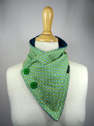 col écharpe motifs verts et jaunes