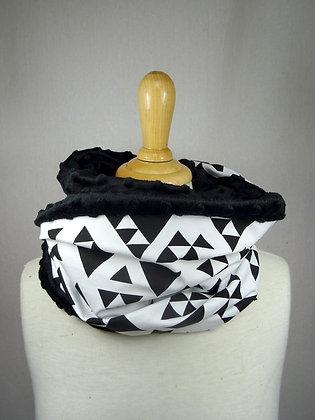 Snood triangles noir et blanc