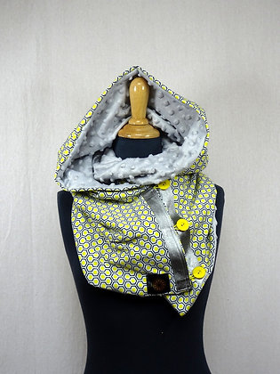 Snood à capuche motif hexagones jaunes