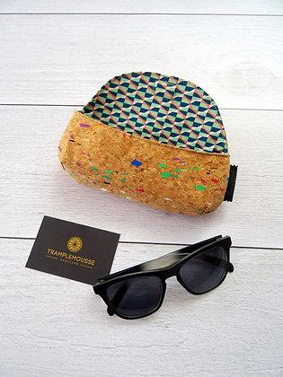 Étui à lunettes en liège tacheté multicolore