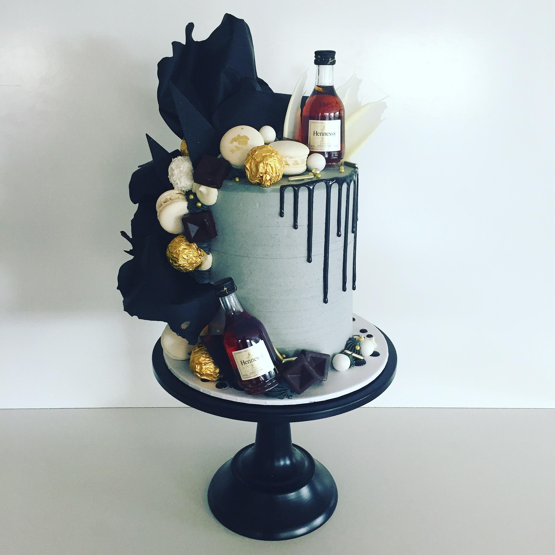 Suave drip cake