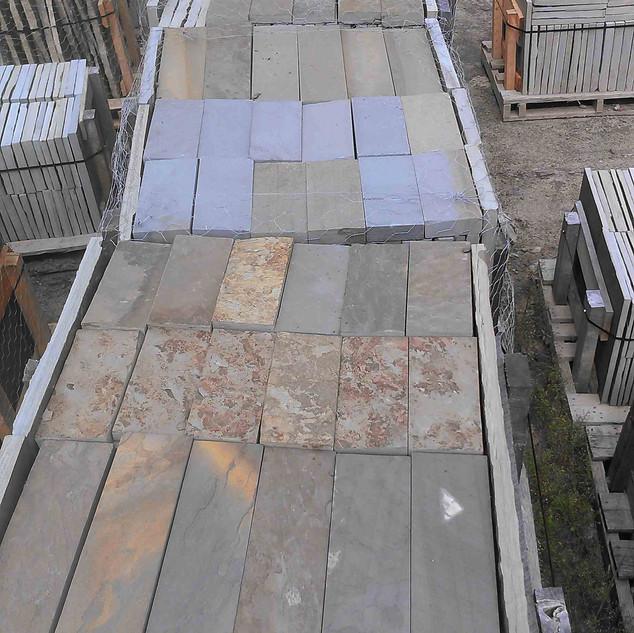 Bluestone-Planking-Pallets.jpg