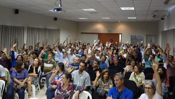 Mais de 150 associados do Sinterpa participam da assembleia geral