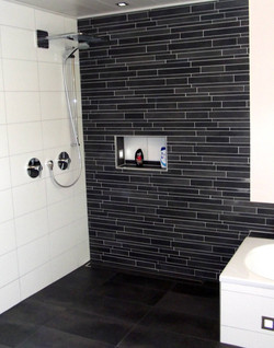 Modernes Badezimmer komplettleistung