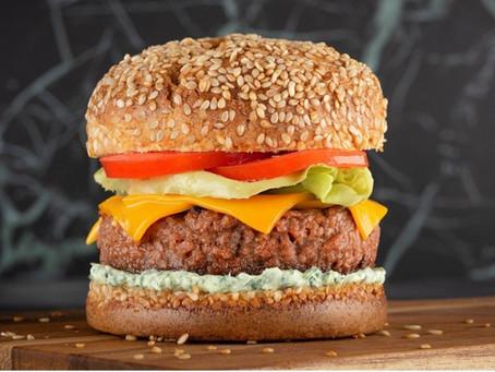2 receitas de hambúrguer vegano para fazer em casa