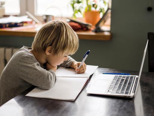 Plataforma VCOM: canal ágil e seguro para negociação de mensalidades escolares