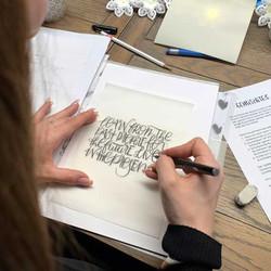 Tanzende Buchstaben und Mixed Script