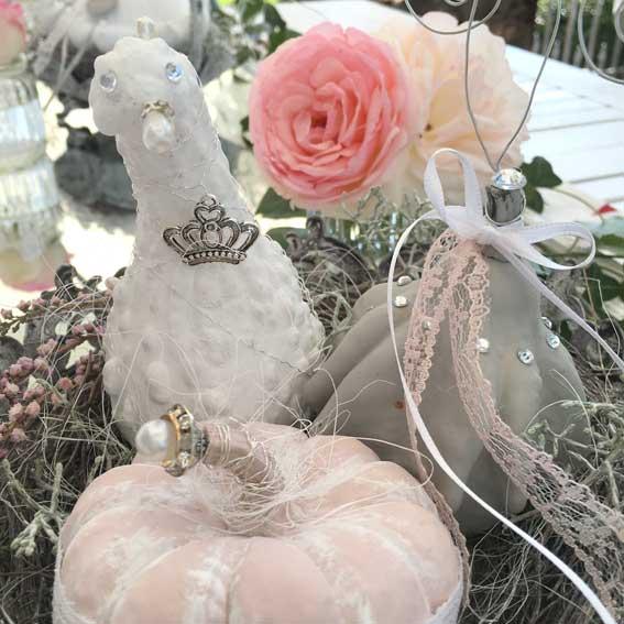 Zierkürbisse dekorieren