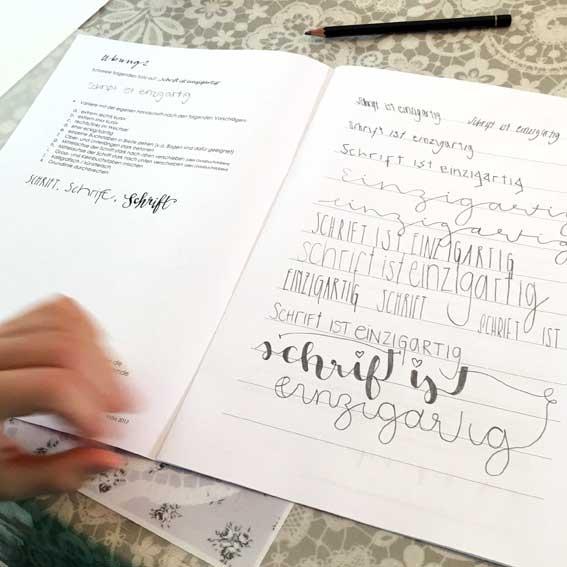 Kalligrafiekurs für Girls and Boys