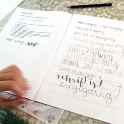 Kalligrafie gemeinsam Spass