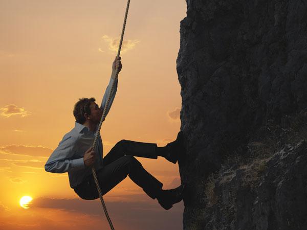 rope-climb-canyon