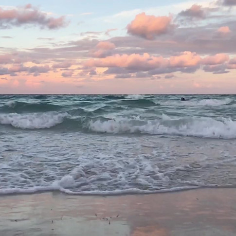 Like a cycle of connecting, disconnecting and reconnecting, mother nature's waves never seize to amaze.   In a state of impermanance, the ocean evolves immensely, echoes endlessly.