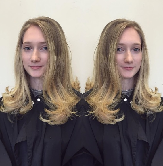 Curly bouncy blowdry