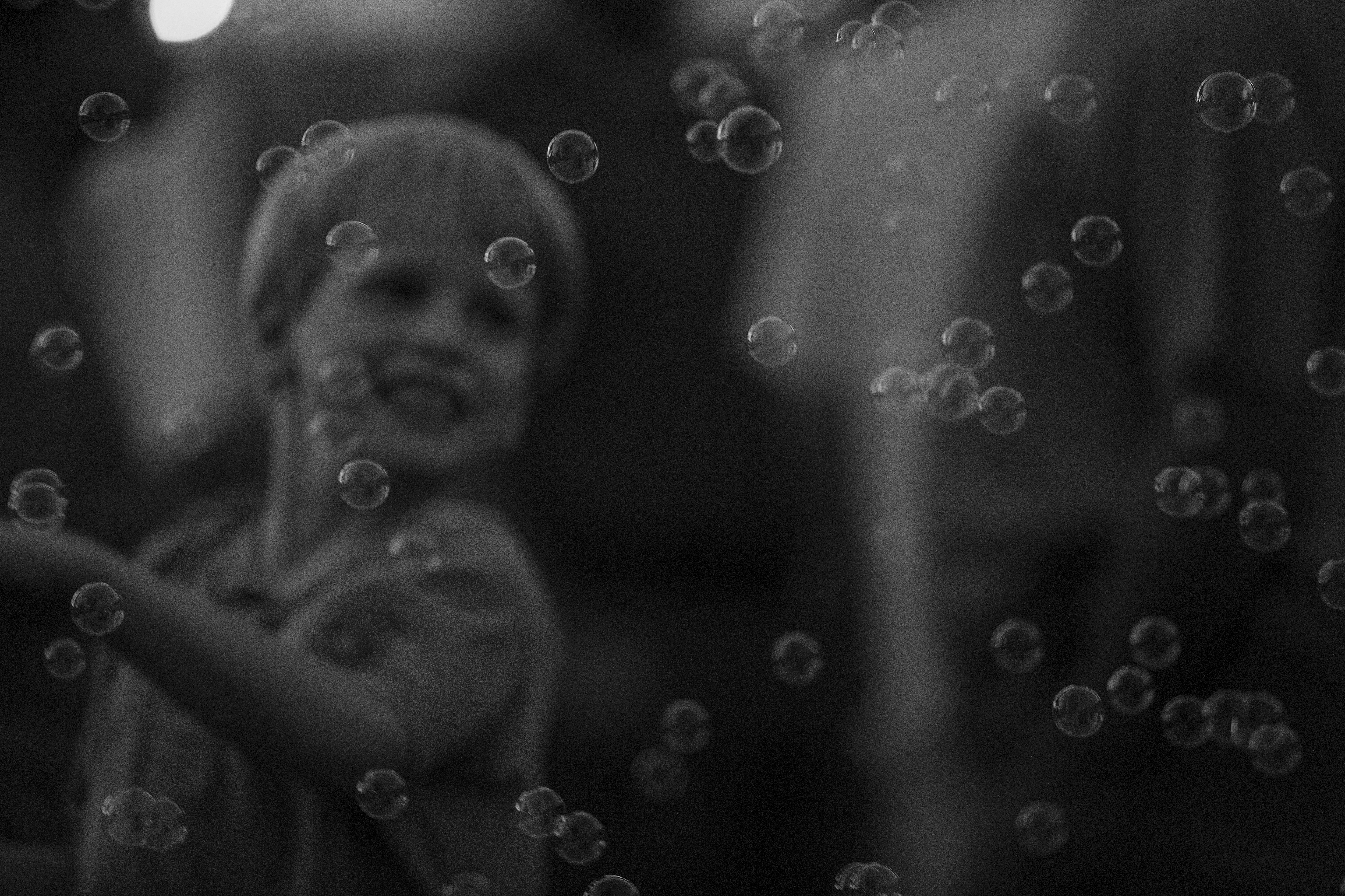 Simon Plays in Bubbles