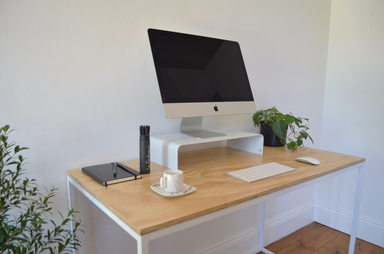 Worker 2 desk