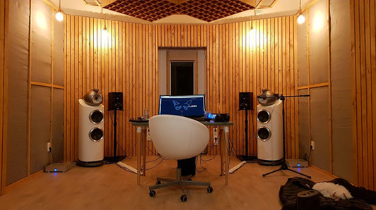 B&W 802 D3 in Studio Nords on the floor!