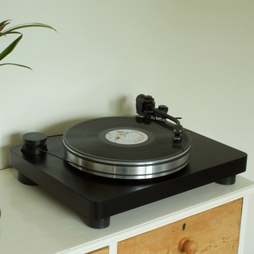 New Turntable and Analouge Works reseller deal signed, we have gone all Analogue!