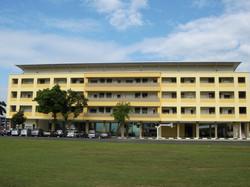 SJK (C) Serdang - Overall Facade