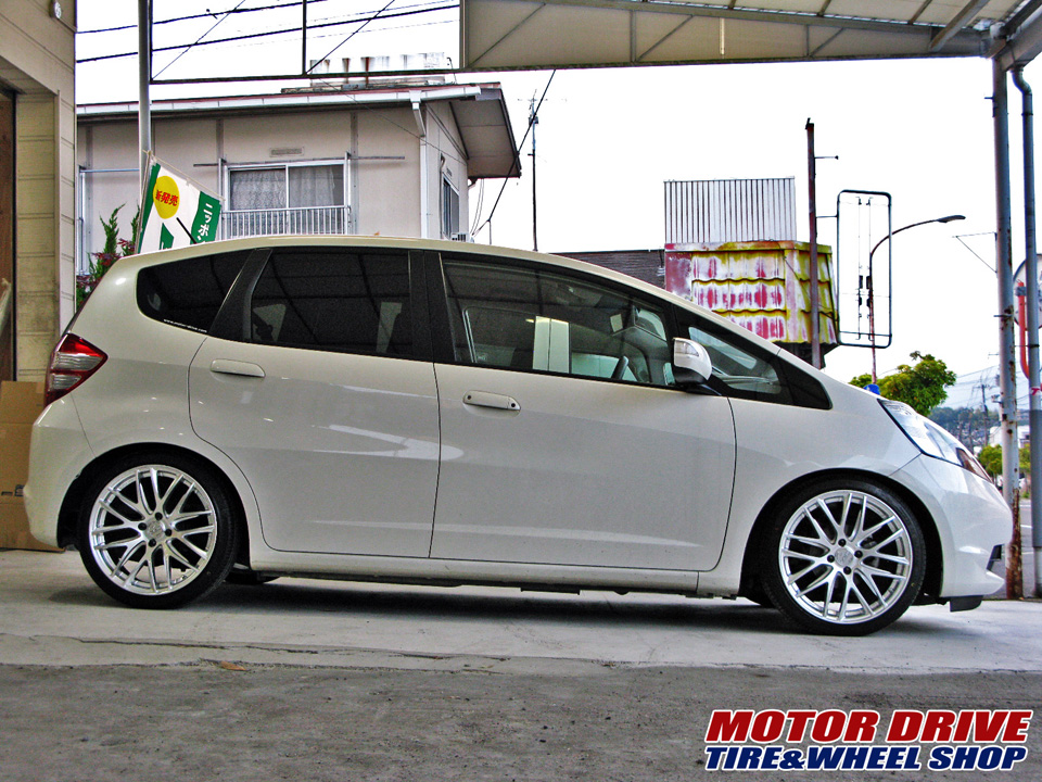 HONDA FIT × RAYS GEM Crossfade
