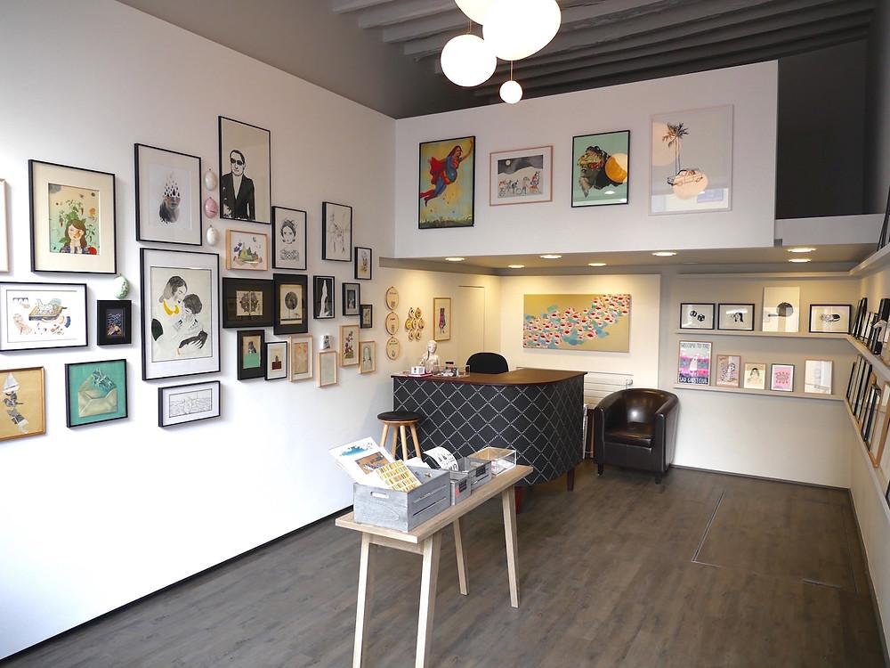 Intérieur de la galerie Club Sensible