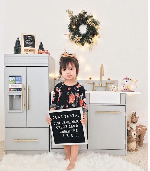 Loving this check out 40 Funny Holiday Letter Board Ideas of LOVINGLYGRAY.com